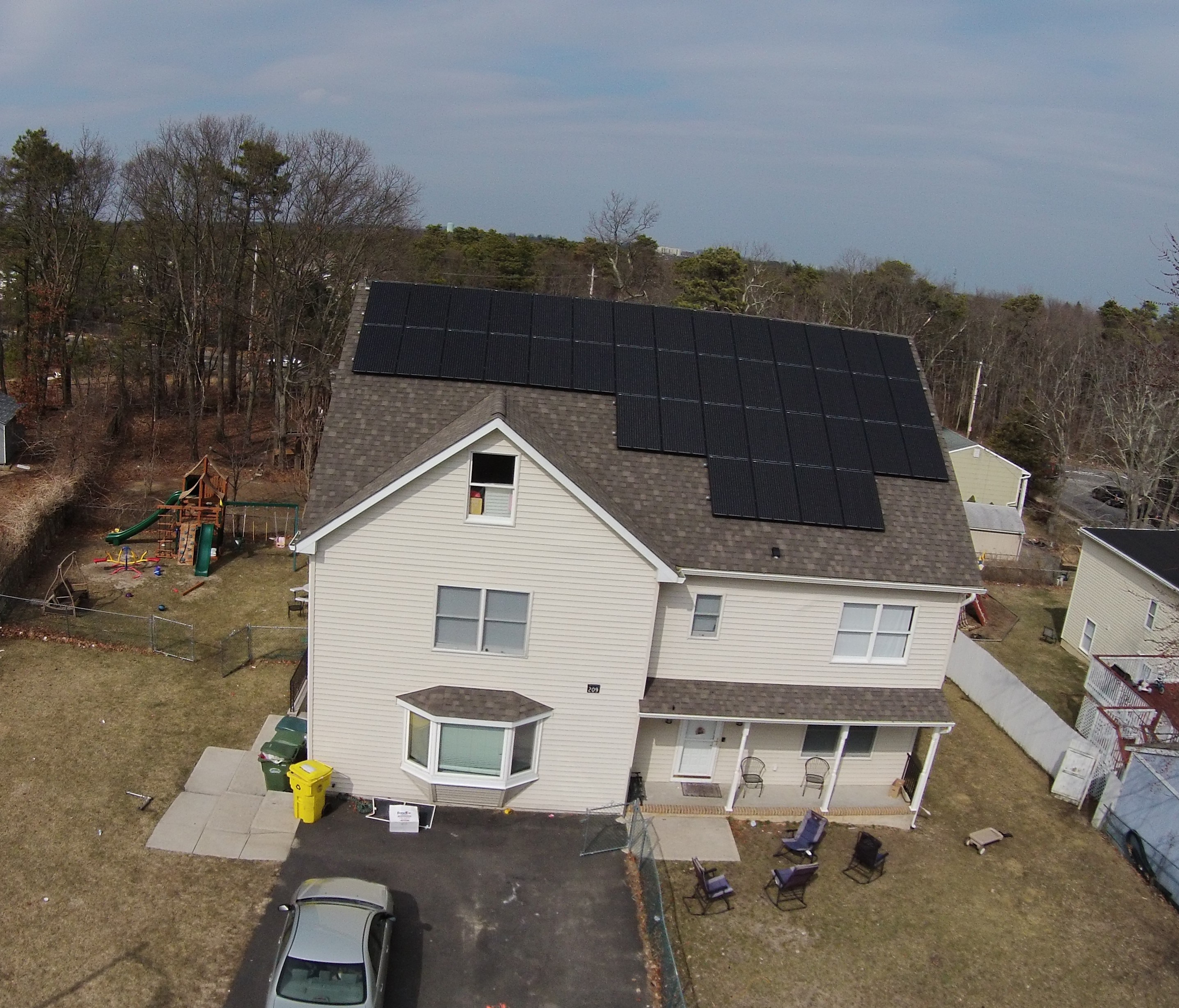 Solar Gallery Of Images With Solar Panels On Homes And